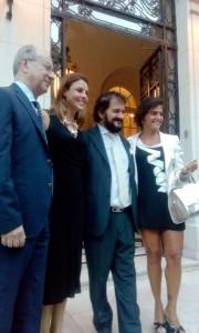 Funzionario Vicario del Consolato d'Italia in La Plata, Rosario Grenci, Renata Bueno, Eugenio Sangregorio- presidente USEI. — em Ambasciata d'Italia in Buenos Aires.
