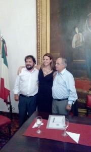 (da sinistra) il presidente del partito USEI a Buenos Aires, Eugenio Sangregorio, l'On. Renata Bueno e Marcelo Pacifico, presidente della Nazionale Italiana. — em Buenos Aires.