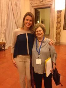 In questa foto sono con la Professoressa Ada Pellegrini Grinover. foto: Anna Rita Ferrari — com Ivete de Lima em Ambasciata Del Brasile.