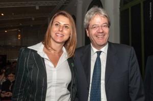 A dep. Renata Bueno e o Ministro do Exterior Paolo Gentiloni (foto de Claudio Cammarota)
