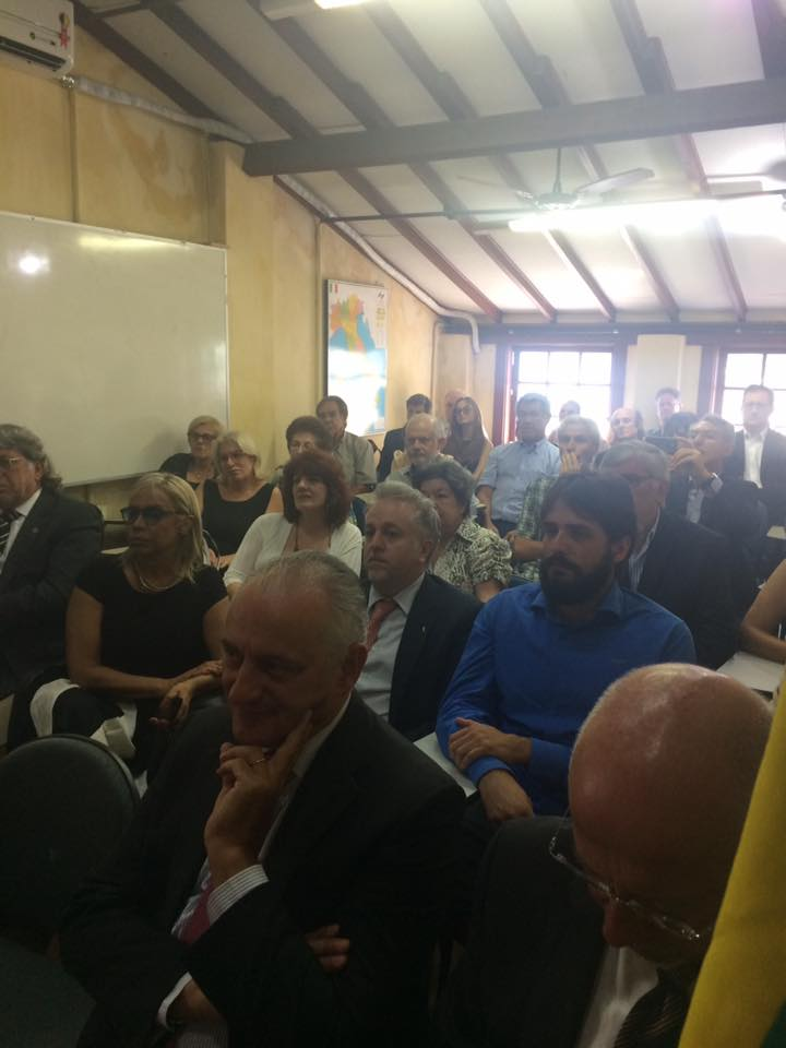Santa catarina renata bueno deputada do for Concorsi parlamento italiano 2017